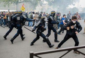 napadi_francuska_novinari